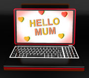 Bonjour maman sur l'ordinateur portable montrant la carte de voeux de Digital Photo stock