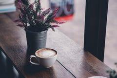 Bonjour pendant le matin avec du café aromatique d'amour du café I j'aime t Image stock
