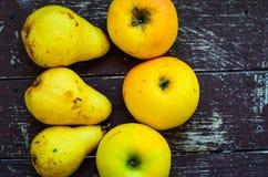 Bonkrety i jabłka obrazy stock