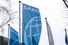 Bonn, Noordrijn-Westfalen/Duitsland - 28 11 18: daad de bouw en teken in Bonn Duitsland stock fotografie