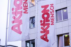 Bonn, Noordrijn-Westfalen/Duitsland - 28 10 18: de aktion mensch bouw in Bonn Duitsland royalty-vrije stock afbeeldingen