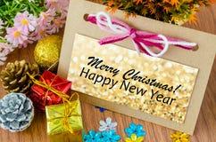 Bonne année d'american national standard de carte de voeux de Noël avec des décorums de Noël Image stock