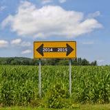 Bonne année 2014 de panneau routier 2015 Images stock
