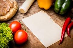 Bonne feuille de papier - cuisson des recettes Photos libres de droits