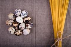 Bonne nourriture présentée sur la table Photographie stock