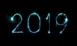 2019 bonnes années avec le feu d'artifice d'étincelle photo libre de droits