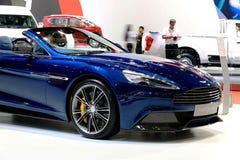 Bonnet голубой серии Aston Мартина побеждает стоковое фото rf