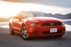 BONNEVILLE, UTAH, DE V.S. 4 JUNI, 2015: Foto van Ford Mustang Con Royalty-vrije Stock Afbeeldingen