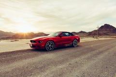 BONNEVILLE, UTAH, LOS E.E.U.U. 4 DE JUNIO DE 2015: Foto de Ford Mustang Con Fotografía de archivo libre de regalías
