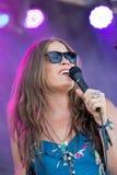 Bonnie biskupa piosenkarza pieśniowy pisarz żywy przy Loufest St Louis Mo Zdjęcia Stock