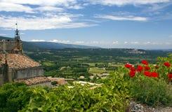 Bonnieux, heuveltopdorp in de Provence, Frankrijk Stock Fotografie