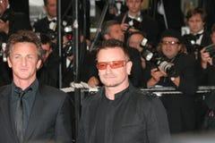 Bono und Sean Penn Stockbilder
