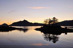Bont Kreek bij zonsondergang Royalty-vrije Stock Afbeeldingen