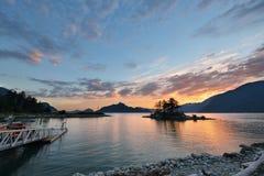 Bontkreek bij zonsondergang Royalty-vrije Stock Foto's