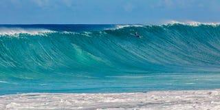 Bonzai-Rohrleitung auf Oahus Nordufer in Hawaii lizenzfreies stockfoto