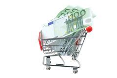 Boodschappenwagentjehoogtepunt van Euro bankbiljetten Royalty-vrije Stock Foto's