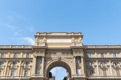 Boog bij Piazza della Repubblica in Florence, Italië Royalty-vrije Stock Fotografie