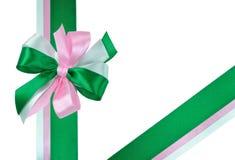 Boog die van Groene en Roze Linten wordt gemaakt Stock Fotografie