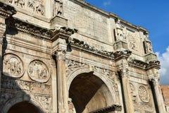 Boog van Constantine Dichtbij Colosseum Stock Afbeelding