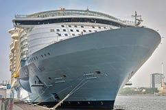 Boog van een cruiseschip stock foto