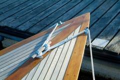 Boog van klassieke zeilboot stock fotografie