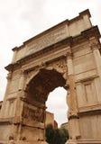 Boog van Titus in het Roman Forum Stock Fotografie