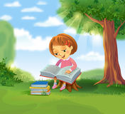 book cute girl reading Στοκ φωτογραφία με δικαίωμα ελεύθερης χρήσης