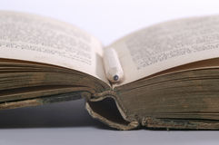 book old Στοκ εικόνες με δικαίωμα ελεύθερης χρήσης