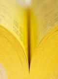 book öppen sidayellow Royaltyfri Foto