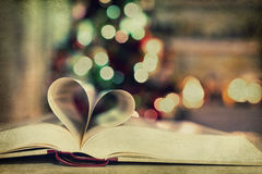 Book pages in shape of heart Royalty Free Stock Photography