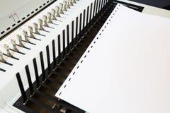 Bookbinding конторских машин стоковые изображения rf