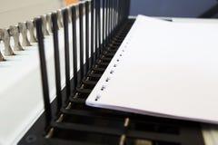Bookbinding конторских машин стоковое фото