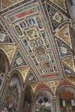 Bookcase Piccolomini внутри Duomo Сиены - Италии Стоковые Изображения RF