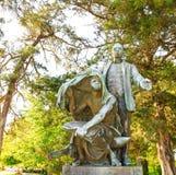 Booker T Washington Monument Statue Lifting o véu Fotografia de Stock