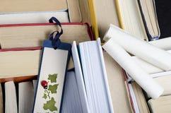 Bookmark und Bücher Stockfoto