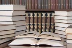 books arkivet Royaltyfri Foto