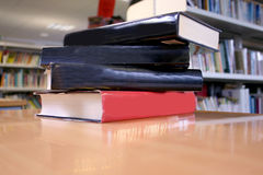 Books on desk 2 Royalty Free Stock Images