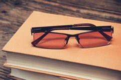 books exponeringsglas två Arkivfoto