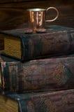 books kaffe Arkivbilder