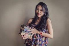 books kvinnan arkivfoto