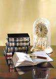 books livstid fortfarande Arkivfoton