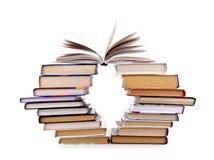 books sammansättning isolerad buntwhite Royaltyfri Fotografi