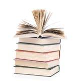 books sammansättning isolerad buntwhite Royaltyfri Bild