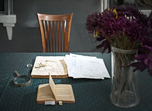 Books on the table in old-style office Royalty Free Stock Photography