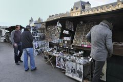 BOOKSELLERS ON RIVER SEINE -PARIS Stock Photos