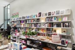 Bookstore pinakoteka Dera Moderne Obrazy Stock