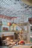 Boom articulant au chantier de construction Image stock