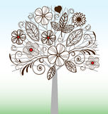 Boom met Flourish en bloemen Royalty-vrije Stock Afbeeldingen