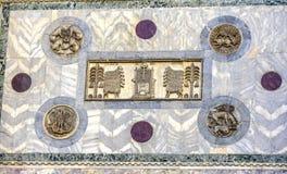 Boom van het Teken` s Kerk Venetië Italië van Sculptue Heilige van de het Levensmuur Stock Afbeeldingen