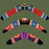 Boomerang con il disegno aborigeno illustrazione vettoriale